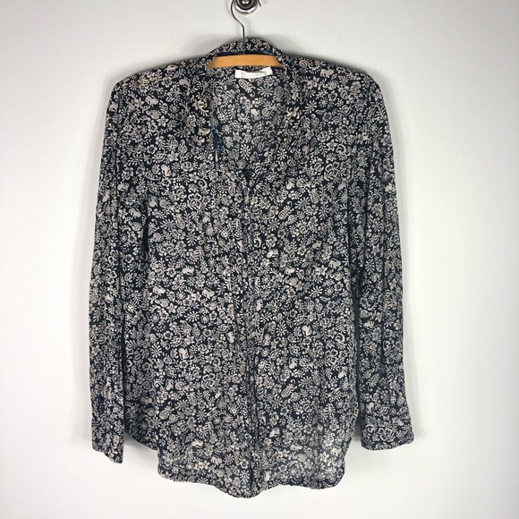 Anthropologie Tops - Anthropologie Hei Hei Day Trip Printed Button 344
